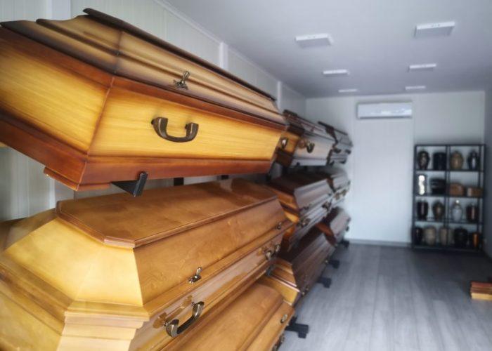 wnętrze zakładu pogrzebowego
